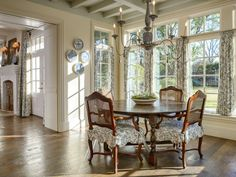 hayes town architecture | Belclaire House: Lulus Listing: Dallas Dream House