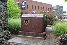 Purple Heart Memorial  Woodstock Square  Woodstock, IL <3 i currently live in this cozy little town <3 love it here <3