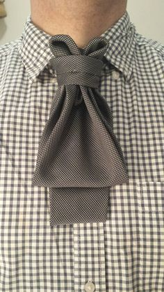 THE POUCH ASCOT  (BY BORIS MOCKA AKA THE JUGGER KNOT )