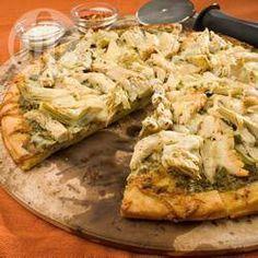 Photo de recette : Pizza au poulet et pesto