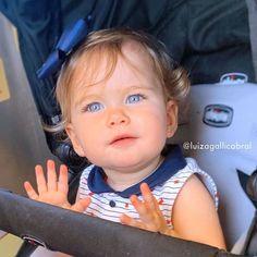 Cute Little Baby Girl, Little Babies, Cute Babies, Baby Kids, Summer Baby Pictures, Cute Baby Girl Pictures, Cute Kids Pics, Baby Faces, Baby Girl Headbands