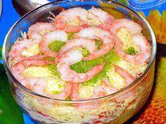 Салат «новогодний» с креветками и красной икрой