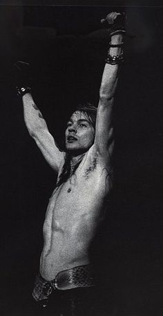 Axl Rose Guns N Roses, Axl Rose, Sweet Child O' Mine, Short Novels, Nikki Sixx, Rock Legends, Now And Forever, Photo Quotes, Love Affair