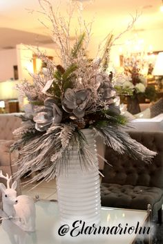 Outdoor Christmas, Christmas Trees, Christmas Stockings, Xmas, Christmas Centerpieces, Christmas Decorations, Table Decorations, Holiday Decor, Flower Arrangement