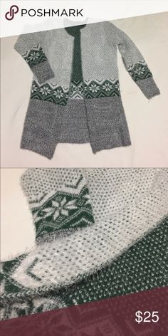 """Green open cardigan Cardigan New with no tag. Size M . Bust 19"""" . Length 29.5"""". Two pockets on the front . Sweaters Cardigans"""