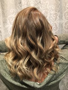 A balayage I did on a friend today. http://ift.tt/2zJF73E