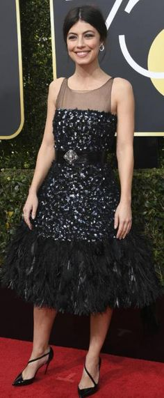 robe noire de soirée Alessandra Mastronardi aux Golden Globes 2018