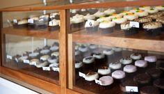 SweetCakes bakery display