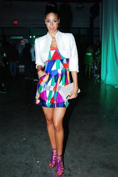 Miss Jamaica 1st Runner-Up and Miss Universe 2010, Yendi Phillips is bang on trend in this colour block frock!!