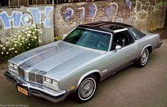 Cool Car Photos — Oldsmobile Cutlass Supreme, with T-tops Retro Cars, Vintage Cars, Vintage Auto, My Dream Car, Dream Cars, Malibu For Sale, Oldsmobile Cutlass Supreme, American Classic Cars, Home Team