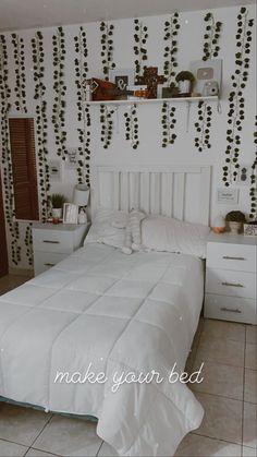 Room Design Bedroom, Home Bedroom, Bedroom Decor, Study Room Decor, Cute Room Ideas, Teenage Room, Aesthetic Bedroom, My New Room, Home Decor Furniture