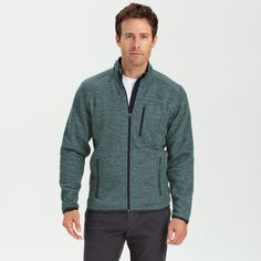 From sailing in the morning to hiking in the afternoon and everything in between, this coastal jacket has your back.