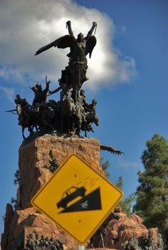 Monumento al Ejército de Los Andes, obra de Juan Manuel Ferrari, situado en el Cerro de la Gloria, provincia de Mendoza, Argentina