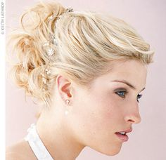 Wedding Hairstyles Updo For Short Hair Makeup 32 Ideas - Hair For Women İdeas Short Hair Makeup, Prom Hairstyles For Short Hair, Homecoming Hairstyles, Wedding Hair And Makeup, Vintage Hairstyles, Up Hairstyles, Wedding Hairstyles, Formal Hairstyles, Wedding Beauty