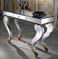 27 Dramatic Console Tables by TaylorLlorente - Style Estate -