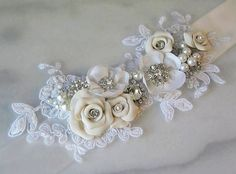 Vintage Pearl Crystal Wedding Sash Belt for brides (14)