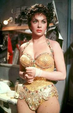 "classic actresses Vintage Glamour Girls: Gina Lollobrigida in "" Trapeze "" Hollywood Stars, Hollywood Divas, Golden Age Of Hollywood, Hollywood Glamour, Hollywood Actresses, Actors & Actresses, Gina Lollobrigida, Vintage Hollywood, Classic Hollywood"