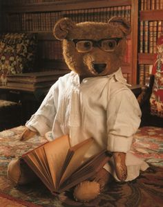 """Another pinner says """"a long time ago, this bear was on of my collection. Nice to see him back on Pinterest :-)"""