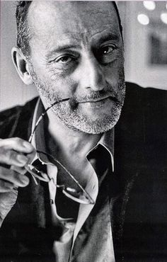 Actors Jean Reno: French-speaking, Morrocan-born French citizen and iconic actor born to Spanish parents photography Jean Reno, Famous Men, Famous Faces, Famous People, Celebrity Portraits, Celebrity Photos, Foto Face, Actrices Hollywood, Black And White Portraits
