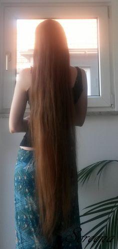Kneelength Hair Soreena