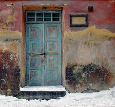 Lublin (Poland) - A door in the Old Town by Danielzolli, via Flickr