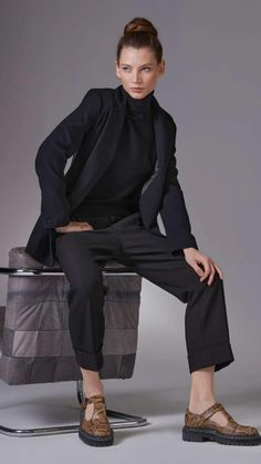 High Street Fashion, Wide Pants, Skinny, Fashion Over 40, Selling Online, Online Boutiques, Neue Trends, Outfit, Mantel