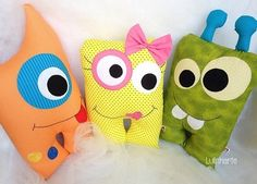 Monstrinhos - Lulinharte Felt Monster, Monster Toys, Monster Party, Monster Decorations, Sewing Crafts, Sewing Projects, Worry Dolls, Felt Pillow, Ugly Dolls