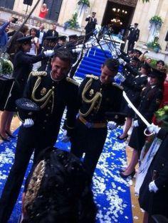 スペイン| |国国家警察の最初のゲイの結婚式