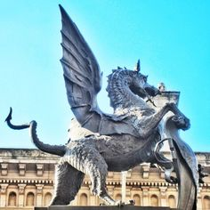 Yet another #cityoflondon #dragon - this giant guards the entrance to the City at the site of the former Temple Bar at the junction of #fleetstreet and #strand #london #history