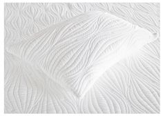 Gel Infused Memory Foam Queen/Standard Pillow. Shaped like a traditional pillow for convenience and comfort, the Visco Gel Infused gel memory foam pillow is constructed to absorb heat to provide a cooler sleeping surface. This comfortable pillow will fit standard pillowcases.Queen Pillow: This tried and true pillow style is updated with memory foam clusters for ultimate comfort and relaxation Relax: In comfort with this memory foam pillow Ultimate Comfort: Never have a squished pillow…