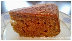 Healthier banana-coconut cake baked with coconut sugar and coconut oil www.pullantuoksuinenkoti.com