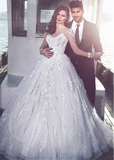 Glamorous Tulle Bateau Neckline Ball Gown Wedding Dresses With 3D Flowers