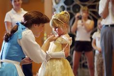 too adorable. can't handle.... this just makes me wish I worked at Disney World