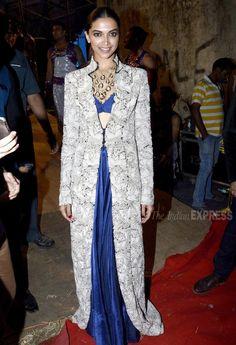 Deepika Padukone in a blue Anamika Khanna lehenga with an embroidered long kurta over it at the Umang Police Show 2016. #Bollywood #Umang2016 #Fashion #Style #Beauty #Hot #Desi
