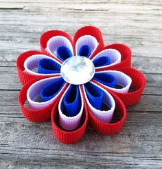 Red, White, and Blue Patriotic Flower Ribbon Sculpture Hair Clip White Hair Bows, Girl Hair Bows, Flower Hair Clips, Flowers In Hair, Diy And Crafts, Crafts For Kids, Fancy Bows, Toddler Hair Clips, Ribbon Sculpture