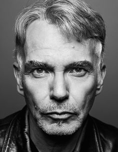 """Billy Bob Thornton (1955) is an American actor, filmmaker, singer-songwriter and drummer. Thornton is cited as an """"anti-film star"""" who approaches his roles like a character actor and rarely accepts roles in blockbusters. He has been vocal about his disrespect for celebrity culture, choosing to keep his life out of the public eye."""