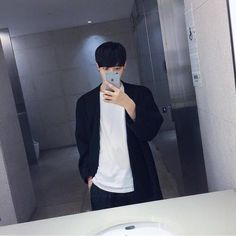 Image about fashion in ulzzang by ruin on We Heart It Most Beautiful Images, Flower Boys, Iconic Women, Ulzzang Boy, Asian Boys, Handsome Boys, Night Life, We Heart It, Icons