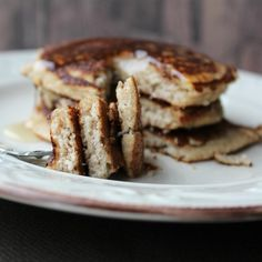 Want to ditch wheat flour but still enjoy pancakes? We'll share ten great pancake recipes made with almond flour and perfect for keto, paleo, or gluten-free diets. Almond Meal Pancakes, All Recipes Pancakes, Applesauce Pancakes, Banana Oatmeal Pancakes, No Flour Pancakes, Gluten Free Pancakes, Brunch Recipes, Recipes, Waffles
