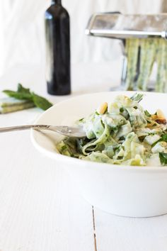 Tagliatelle with Spinach, Gorgonzola Sauce and Pinion Pins #foodprint
