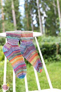 Knitting Socks, Hand Knitting, Knitting Patterns, Knitting Ideas, How To Start Knitting, Inspiration For Kids, Knit Crochet, Crochet Blogs, Fingerless Gloves