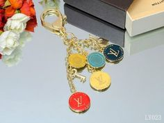 8947d47059a BFM1uD Louis Vuitton Keychains Locations Gucci Jewelry