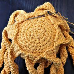 Maria A: Ohje: Virkattu mustekala Octopus Crochet Pattern, Crochet Patterns, Baby Staff, Projects To Try, Winter Hats, Crochet Hats, Beanie, Embroidery, Knitting