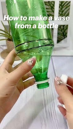 Diy Crafts For Home Decor, Diy Crafts Hacks, Diy Crafts For Gifts, Fun Crafts For Kids, Diy For Kids, Plastic Bottle Crafts, Diy Bottle, Plastic Bottles, Cool Paper Crafts