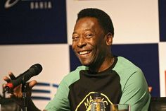Pelé: the King of Football | Listen & Read | Spotlight English