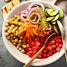 Indian Garbanzo Bean Salad with Pitas Play with the textures and flavors of India at your next barbecue. This easy salad blends meaty garbanzo beans and crunchy veggies with a smoky curry and cumin dressing. Toss pitas on the grill for a crispy dipper. Healthy Vegetable Recipes, Healthy Vegetables, Healthy Salad Recipes, Vegetarian Recipes, Veggies, Cooking Recipes, Healthy Dinners, Healthy Foods, Side Dishes For Bbq