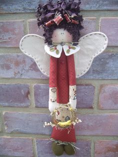 Anjinha .............. by Kokita Laine, via Flickr Angel Crafts, Christmas Crafts, Christmas Decorations, Christmas Ornaments, Crafts Beautiful, Beautiful Dolls, Creative Area, Felt Angel, Handmade Angels