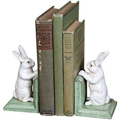 Cast Iron Bunny Bookends (2,825 DOP) ❤ liked on Polyvore featuring home, home decor, small item storage, books, fillers, items, backgrounds, bookends, home accessories and cast iron home decor