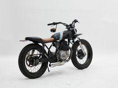 Yamaha-SR250 by gearheads