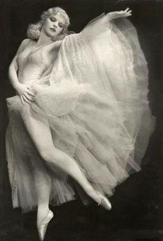 Harriet Hoctor - Ziegfeld girl - 20's