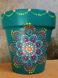 Great Photographs Ceramics pots crafts Strategies 26 ideas yard art flowers creative ideas for 2019 Clay Flower Pots, Flower Pot Crafts, Clay Pots, Flower Art, Art Flowers, Flower Ideas, Plant Painting, Dot Art Painting, Pottery Painting
